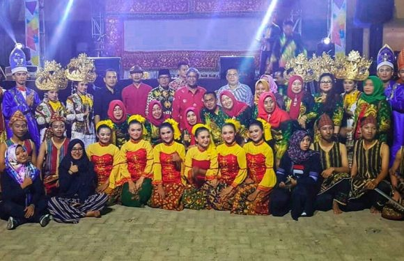 Tampilkan Wayang Sekelik, Disdikbud Sabet Juara II di Lampung Fair