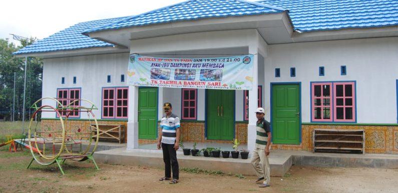 ADD Kampung Bangunsari Bangun Lapen dan Gedung TK