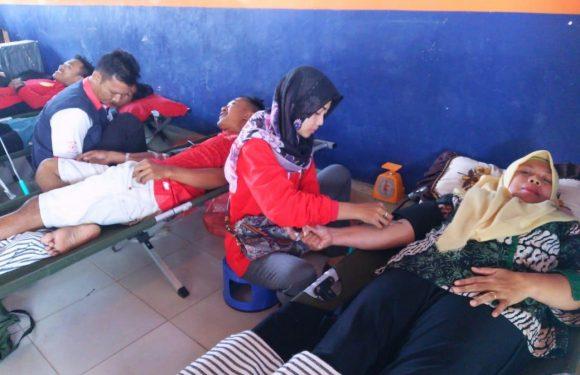 SMKN 1 Seputihsurabaya Adakan Donor Darah