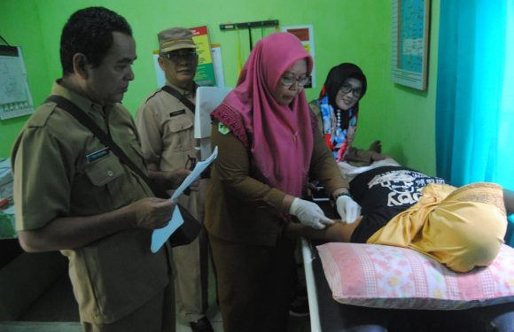 PLKB Gelar TKBK Safari Pemasangan Implant dan IUD di Pustu Tanjungjaya