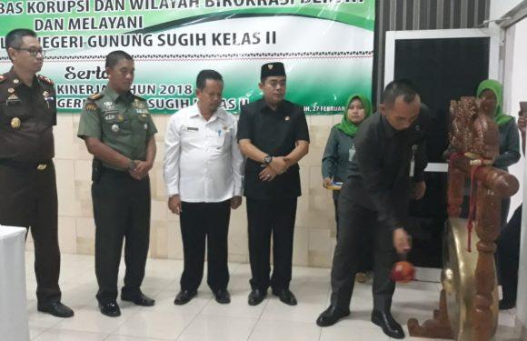 Pertama di Indonesia, PN Gunungsugih Canangkan ZI Sekaligus Ekspos Laptah Kinerja 2018
