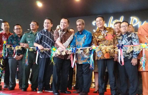 Gubernur Lampung M.Ridho Ficardo Resmikan Riveve Hotel