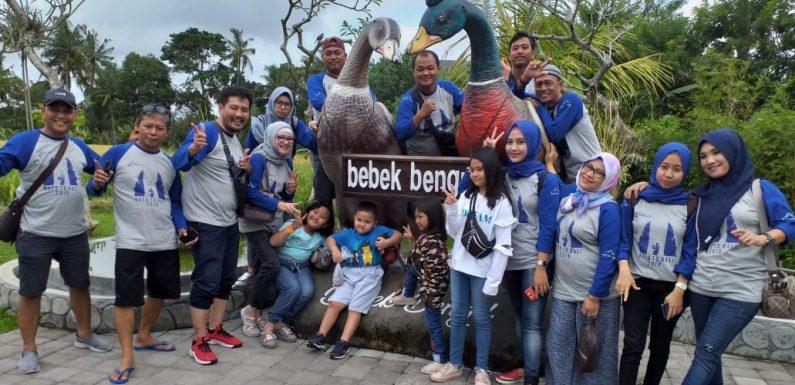 Family Gathering, Perumahan Nuwo Lamondo Goes To Bali