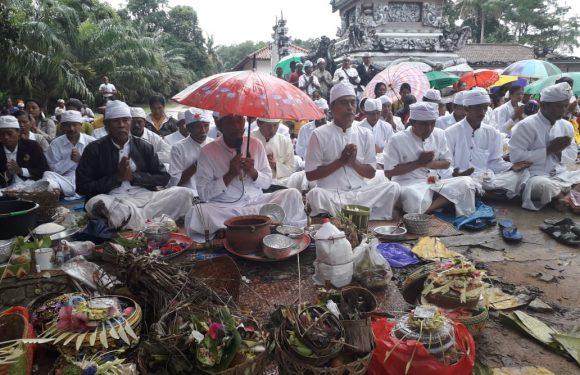 Umat Hindu Rayakan Nyepi