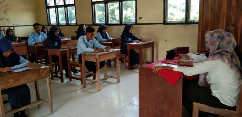 204 Siswa SMKN 1 Seputih Surabaya Mengikuti Pelaksanaan USBN