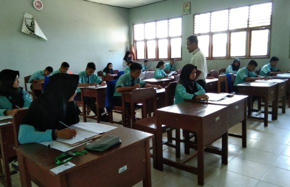 USBN SMAN 1 Seputih Surabaya Diikuti 225 Siswa