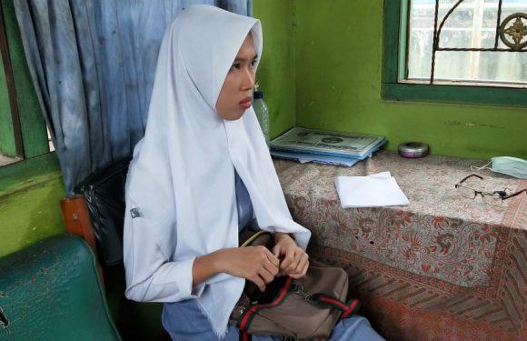 Belum Bayar Uang Komite, Seorang Siswi SMKN 3 Terbanggibesar Tidak Boleh Ikut UNBK