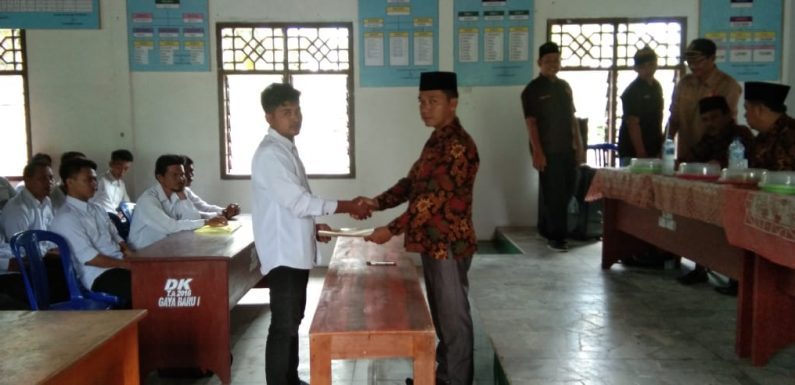 Panwascam Seputihsurabaya Melantik 149 Pengawas TPS Pemilu 2019