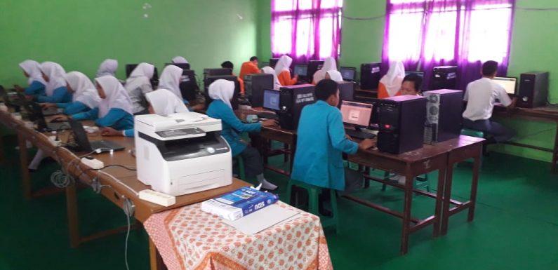 UNBK di SMK YPI Seputihmataram Lancar