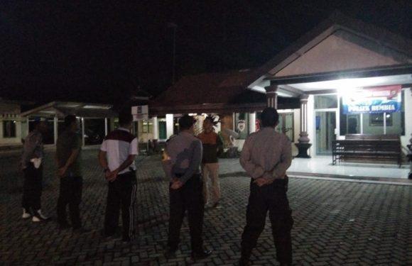 Antisipasi Kriminalitas, Kapolsek Rumbia Tekankan Patroli Malam