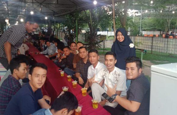 Mulei Meghanai Unyi Gunungsugih Hadiri Bukber di Taman Cerry Gelompong