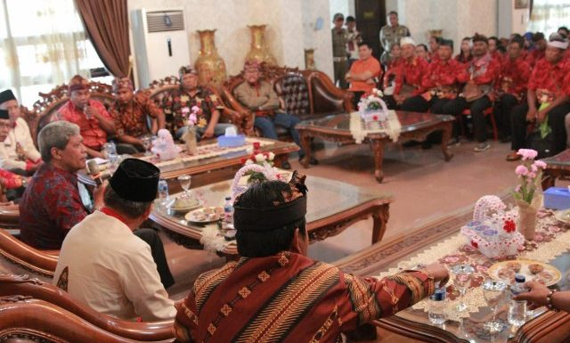 Lagi, Pemkab Lamteng Berangkatkan 43 Umat Hindu