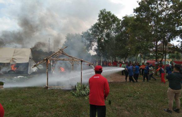 Dua Rumah Terbakar saat Terjadi Angin Puting Beliung di Rumbia