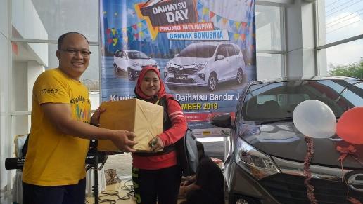 Senam Sehat dan Lomba Mewarnai Semarakan Daihatsu Day Bandarjaya