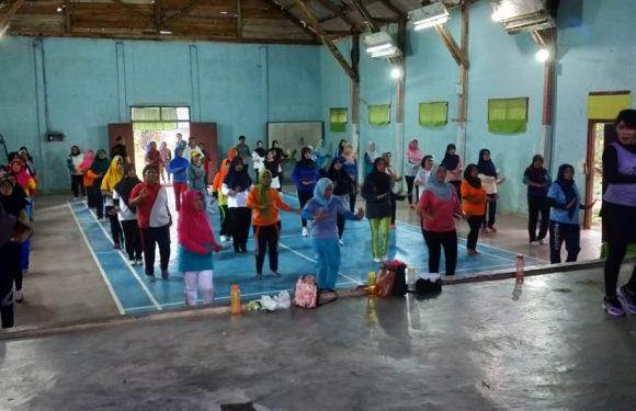 Melalui Senam, Kakam Poncowati Ajak Masyarakat Jaga Kesehatan