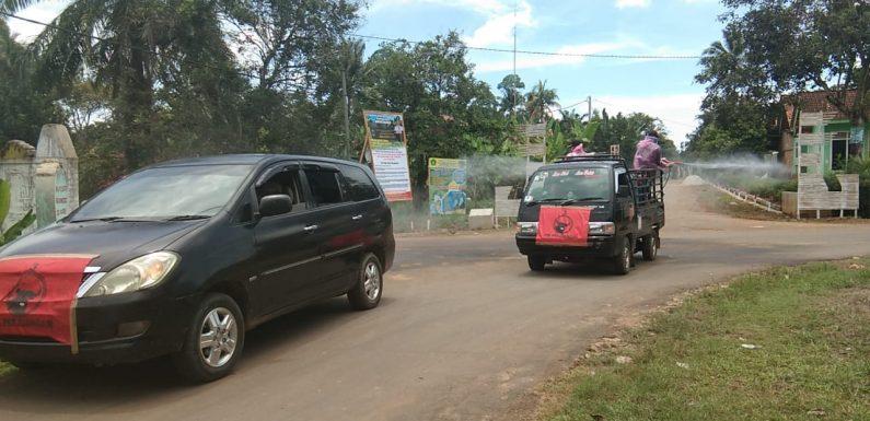 Cegah Corona, Relawan Covid-19 PDI Perjuangan Kalirejo Kembali Semprot Disinfektan