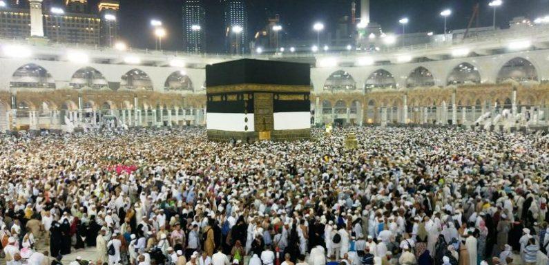 1.121 Calon Jamaah Haji Lamteng Batal Berangkat