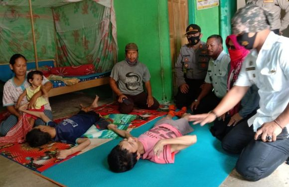 Tiga Anak Satu Keluarga di Kampung GB 3 Alami Kelumpuhan