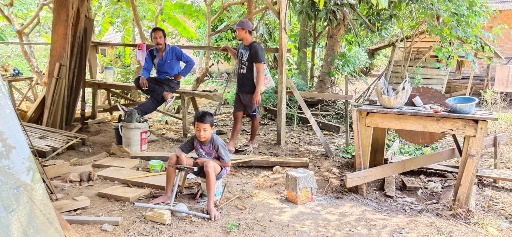 Apes! Ditinggal Ngopi, Motor Kadus Poncowati Raib Digondol Maling