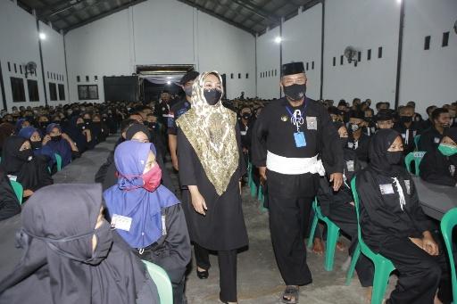 Nessy_Imam Hadiri Pengesahan Warga Baru PSHT Lampung Tengah