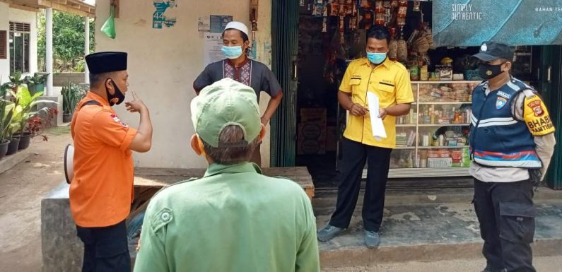 Kakam, Bhabinsa, Bhabinkamtibmas dan Aparatur Kampung Liman Benawi Rutin Woro-Woro Prokes