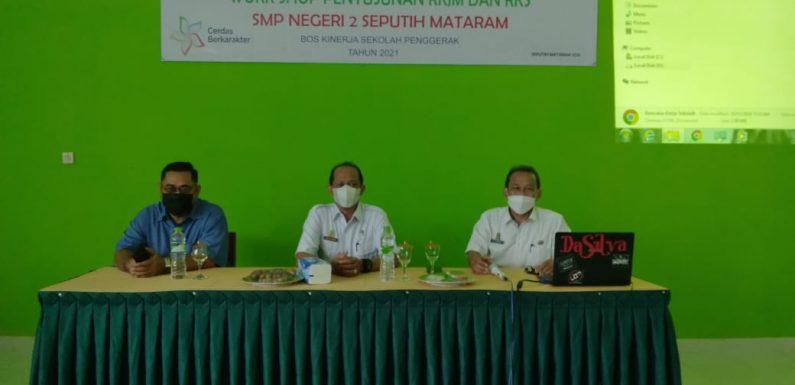 SMPN 2 Seputihmataram Gelar Work Shop Penyusunan RKJM dan RKS