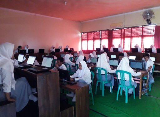 217 Siswa Ikuti UNBK di SMAN 1 Seputihmataram