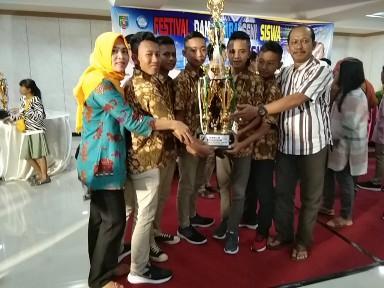 SMPN 2 Seputihmataram Juara 3 FLS2N Tingkat Provinsi