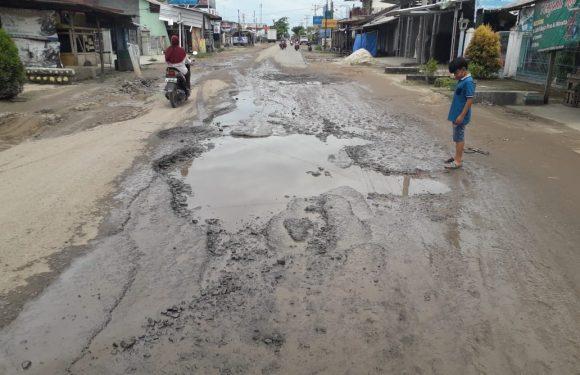 Jalan Provinsi di Seputihmataram Kian Parah
