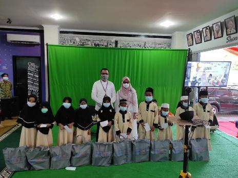 Bulan Ramadhan, YBM BRI Bandarjaya Berikan 87 Bingkisan kepada Kaum Duafa dan Anak Yatim