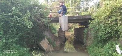 Warga Kampung Sridadi   Harapkan, Jembatan Ambles Segera Dibangun