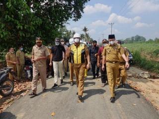 Bupati Musa Ahmad Wujudkan Harapan Warga Seputihagung Perbaiki Jalan