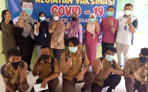 Dukung Sosialisasi Pemerintah, SMK N 3 Terbanggibesar Gelar Vaksin Di sekolah